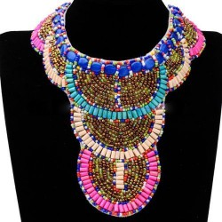 Ethnic necklace 01