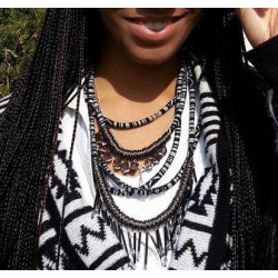 African Queen Necklace B&W
